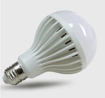 LED球泡灯9W 12W