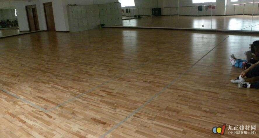 运动木地板施工准备 运动木地板施工工序