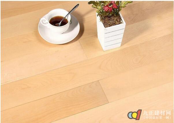 实木地板与复合地板比较哪种好?