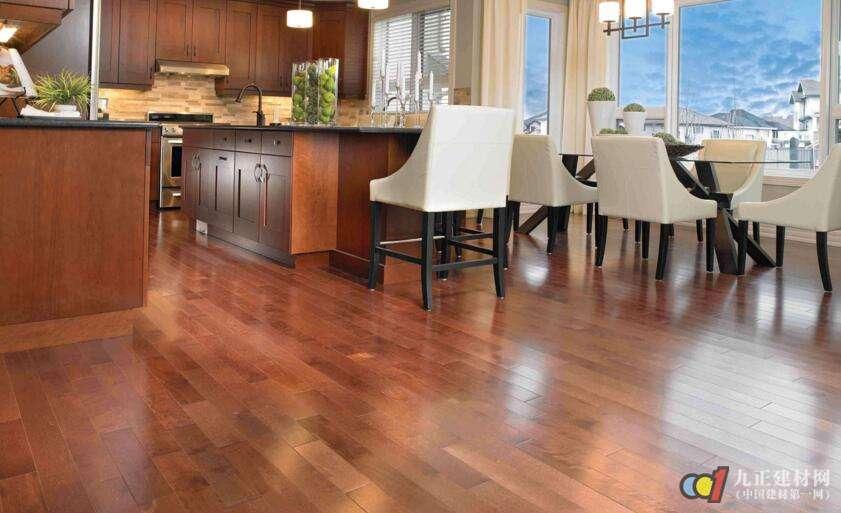木地板铺竹炭垫怎么样?甲醛主要对人体的危害