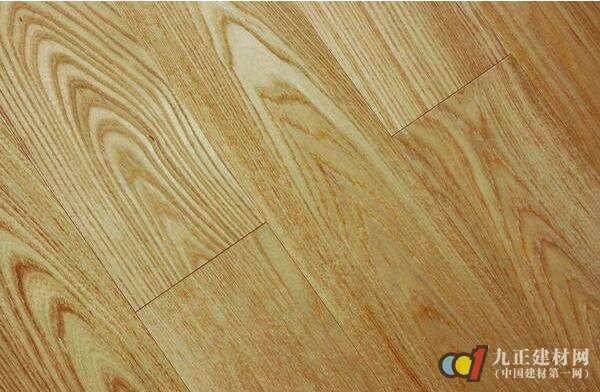 榆木地板图片1