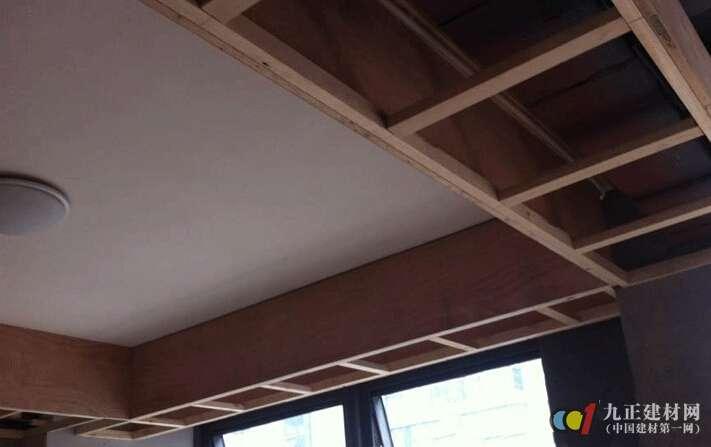木龙骨石膏板吊顶如何安装 木龙骨架吊顶安装注意事项