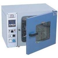 电热恒温鼓风干燥箱,电热恒温生化培养箱,光照培养箱,霉菌培养