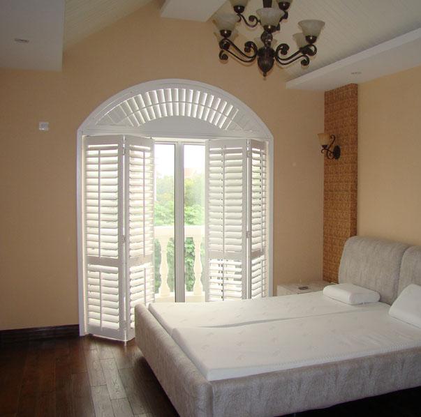 厂家生产定制实木百叶门窗 折叠百叶透气门窗 木质折叠门窗平开
