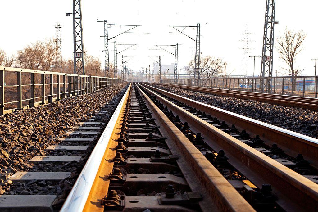 轨道-火车道铁轨的宽度多少