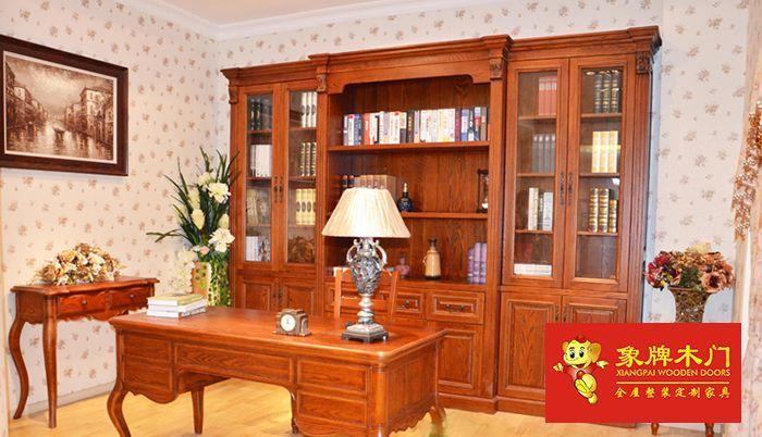 象牌木门红橡木家具取材于北美高寒地带原始森林自然生长之树木,优良