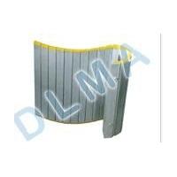 防护卷帘及卷帘式防护带、防尘折布