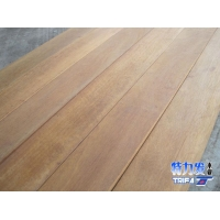 供应坤甸铁木地板料  户外板  楼梯板   室外木屋  地脚