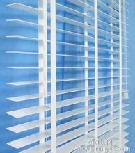 惠州百叶窗 围栏 阳台护栏 楼梯扶手 铁艺门 伸缩门