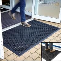 带孔橡胶防滑垫 酒店厨房车间橡胶安全防滑地垫地板