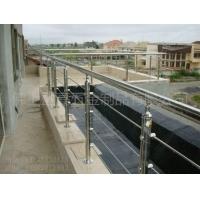 贵州不锈钢楼梯扶手厂家  不锈钢楼梯立柱及楼梯配件定制