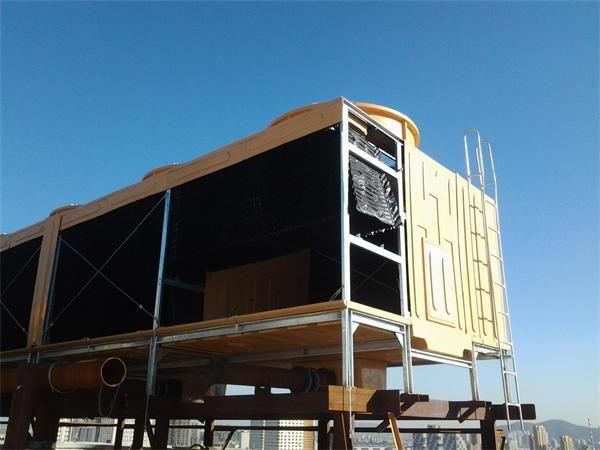 2400吨横流冷却塔