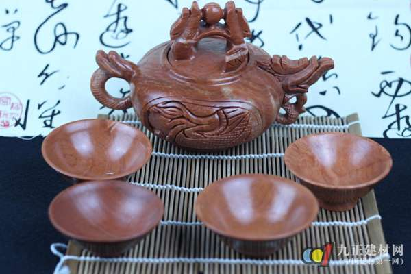 木鱼石茶具适合泡什么茶 木鱼石茶具使用方法
