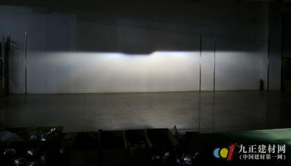 氙气灯效果图
