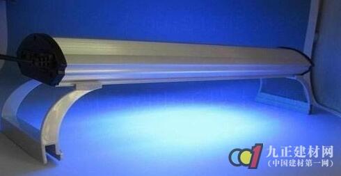 紫外线消毒灯的使用方法