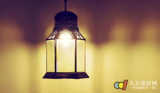 客厅吊灯图片
