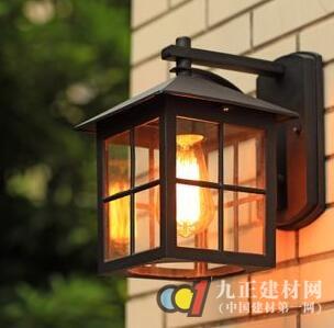 户外壁灯图片