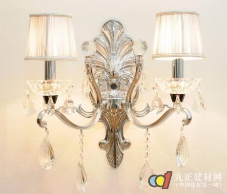 水晶壁灯图片