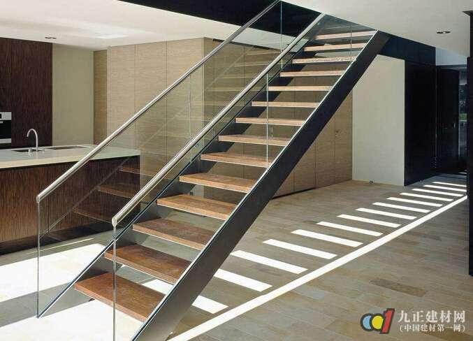 楼梯装修样式有哪些 室内楼梯怎么安装图片