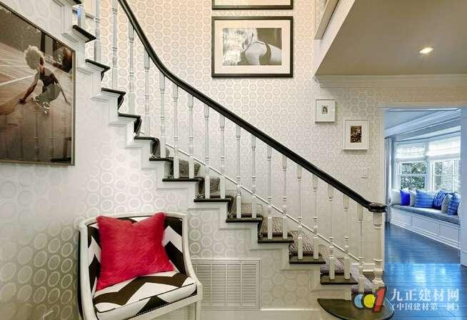 楼梯安装方法 实木楼梯安装要求