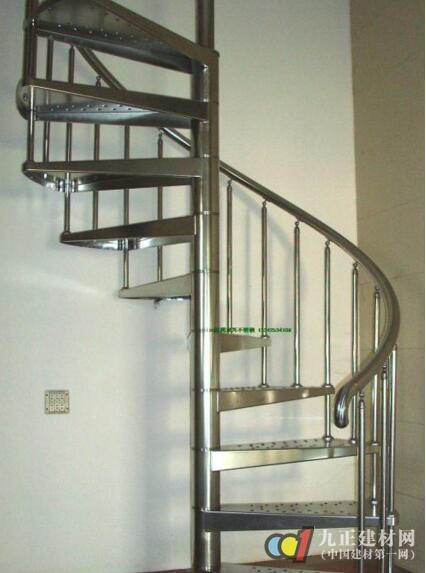 不锈钢楼梯护栏与铝合金楼梯护栏哪个好