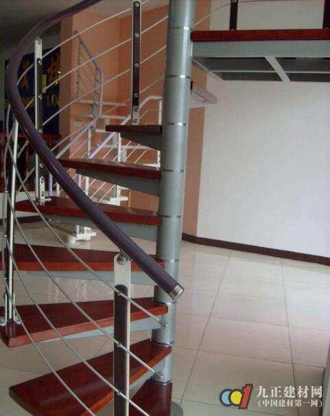 钢木楼梯图片2
