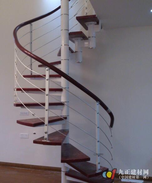 钢木楼梯图片1