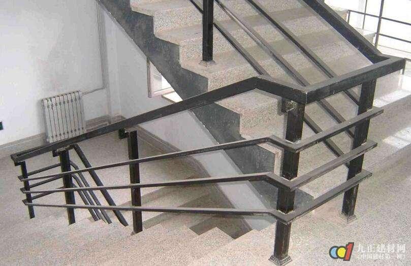 别墅铁艺楼梯扶手图片6
