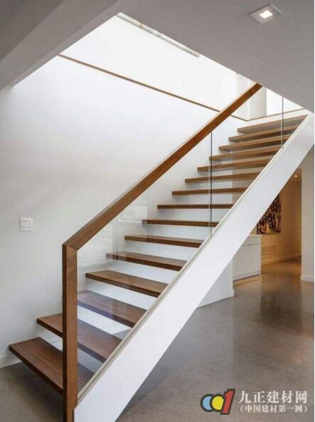 内楼梯扶手效果图2