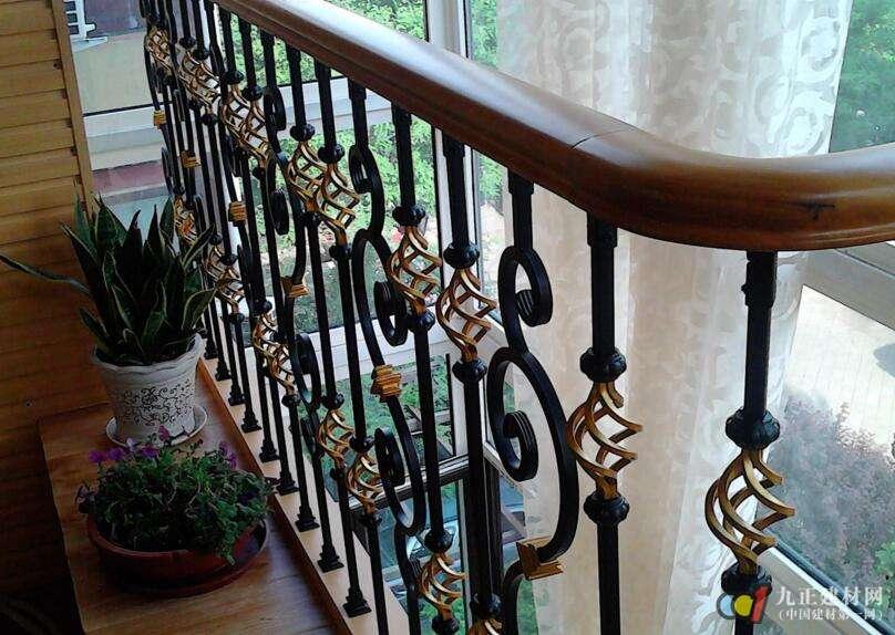 别墅铁艺楼梯扶手图片1
