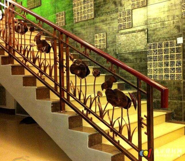 别墅铁艺楼梯扶手图片5