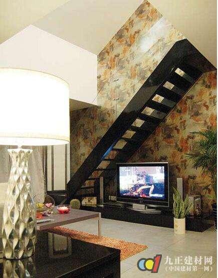 阁楼楼梯口装修效果图1