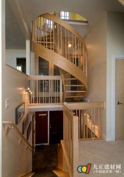 阁楼楼梯口装修效果图6