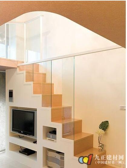 阁楼楼梯口装修效果图7