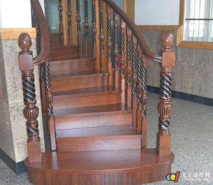 木质楼梯效果图3