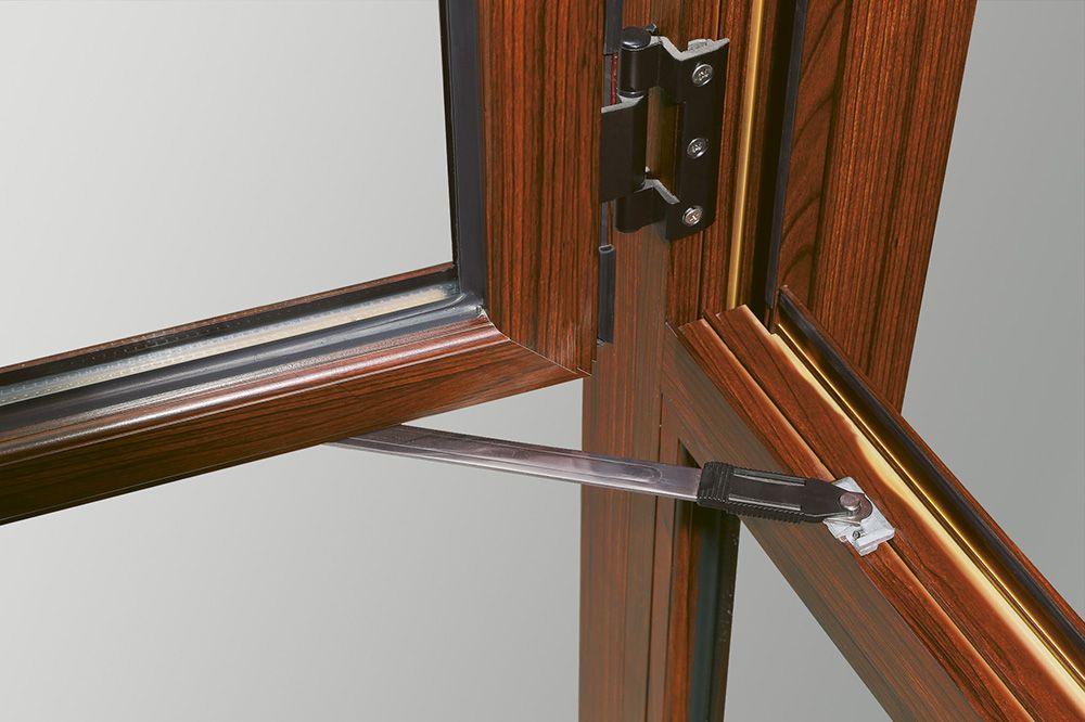 下雨天门窗渗水怎么办 亿合门窗帮你支招!