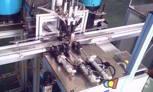 自动锁螺丝机图片