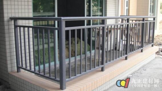 锌钢阳台护栏特点