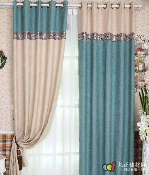 现代简约窗帘装修效果图4