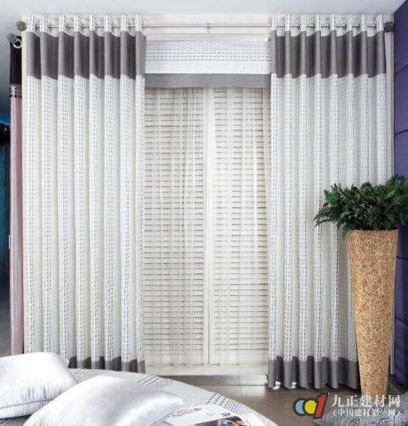 现代简约窗帘装修效果图5