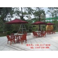 北京房地产户外实木休闲桌椅
