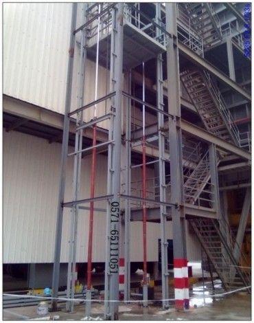 结构然后安装电梯,钢结构液压升降机本身运行导轨就设计成小型多变钢图片
