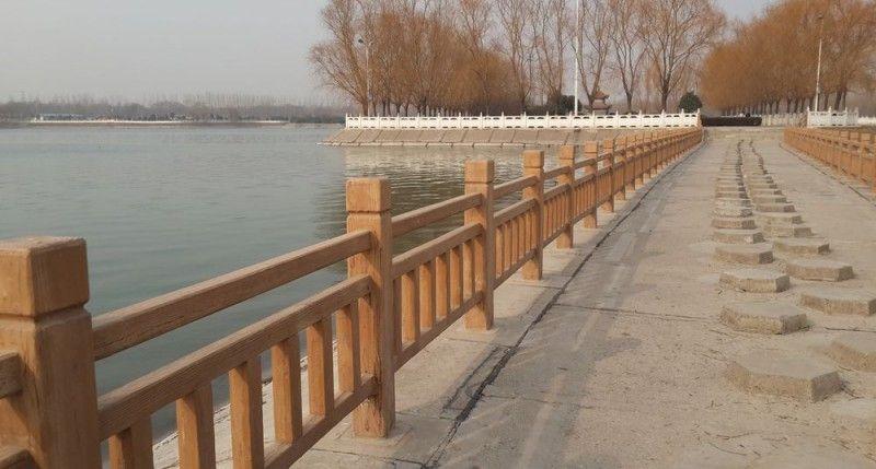 水泥仿木护栏 景观栏杆混凝土护栏