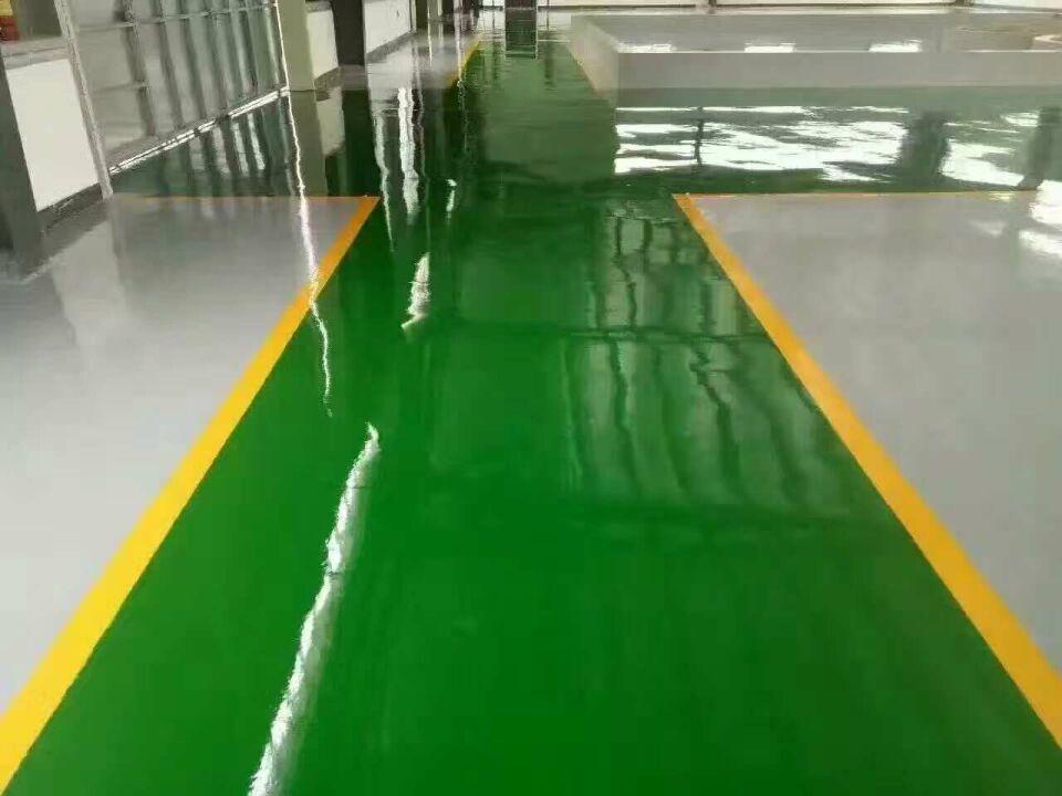 耐磨地坪漆和混凝土密封固化剂地坪漆施工有何区别