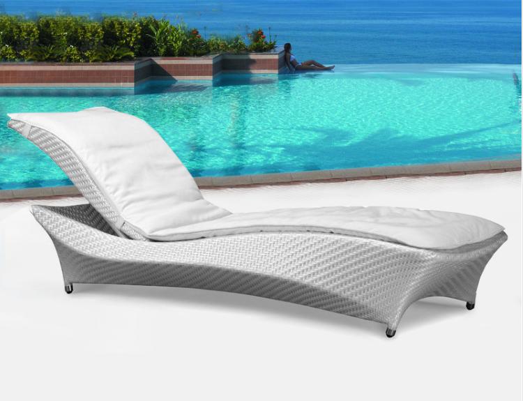 户外藤编躺床庭院酒店躺椅 户外休闲沙滩椅躺床 特色新款沙滩椅