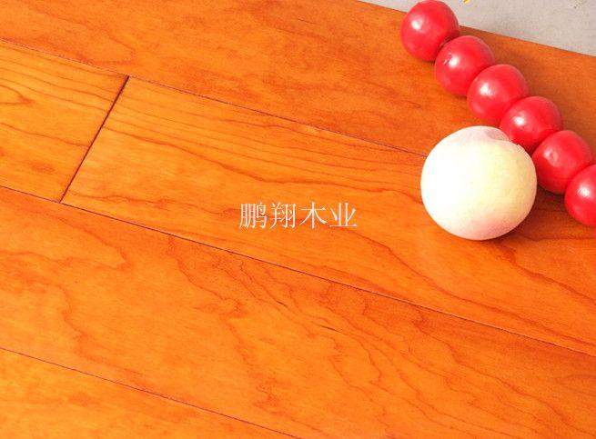 促销樱桃木多层实木复合地板