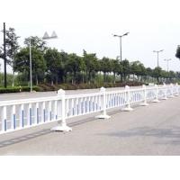 PVC塑钢道路护栏  市政热镀锌道路护栏  山东护栏