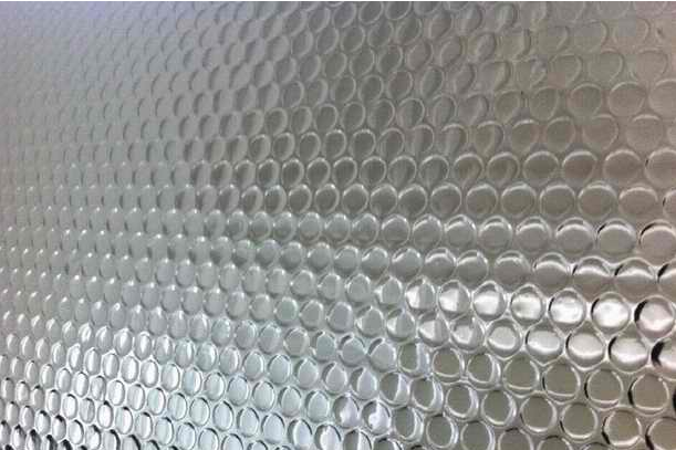 Aluminized bubble film double-sided thickening large supply of bubble film composite aluminized film Baoding factory direct sales