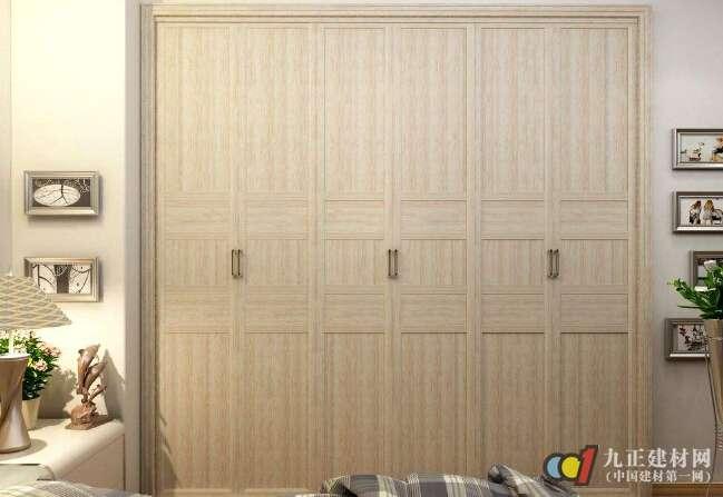 平开门衣柜