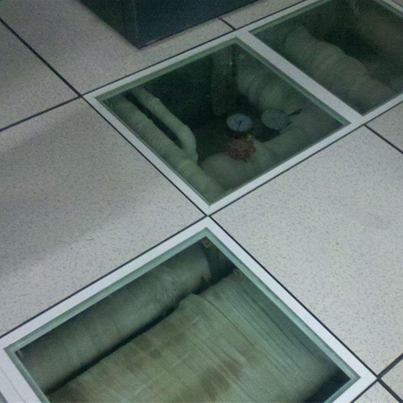 全钢防静电地板配合机房玻璃地板效果